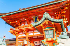 Όμορφη αρχιτεκτονική Fushimiinari Taisha ShrineTemple στο Κιότο Στοκ εικόνα με δικαίωμα ελεύθερης χρήσης