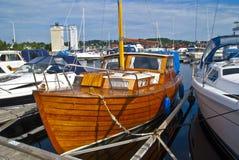 όμορφη βάρκα ξύλινη Στοκ εικόνα με δικαίωμα ελεύθερης χρήσης