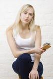 όμορφη γυναίκα εκμετάλλ&epsil Στοκ Εικόνες