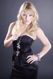 όμορφη γυναίκα κοσμήματο&sig Στοκ εικόνες με δικαίωμα ελεύθερης χρήσης