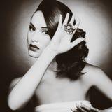 Όμορφη γυναίκα με τη σύνθεση βραδιού Στοκ φωτογραφίες με δικαίωμα ελεύθερης χρήσης