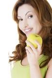 Όμορφη γυναίκα με το μήλο Στοκ φωτογραφία με δικαίωμα ελεύθερης χρήσης