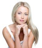 Όμορφη γυναίκα με το μακρύ ευθύ τρίχωμα Στοκ Εικόνες