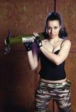 Όμορφη γυναίκα με το ρωσικό μπαζούκας RPG - 18 Στοκ Εικόνες