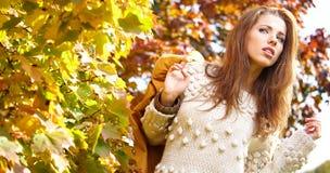 όμορφη γυναίκα μόδας Στοκ φωτογραφίες με δικαίωμα ελεύθερης χρήσης