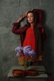 όμορφη γυναίκα λουλου&delt Στοκ φωτογραφίες με δικαίωμα ελεύθερης χρήσης