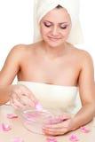 όμορφη γυναίκα πλύσης προ&sigm Στοκ φωτογραφία με δικαίωμα ελεύθερης χρήσης