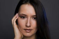 όμορφη γυναίκα πορτρέτου brun Στοκ Εικόνες