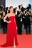 Όμορφη γυναίκα που πηγαίνει σε μια απεικόνιση γεγονότος κόκκινου χαλιού Στοκ εικόνα με δικαίωμα ελεύθερης χρήσης