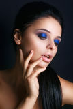 όμορφη γυναίκα προσώπου Τέλειο Makeup πορτρέτο κινηματογραφήσεων σε πρώτο πλάνο glamor όμορφου προκλητικού μοντέρνου Στοκ εικόνα με δικαίωμα ελεύθερης χρήσης