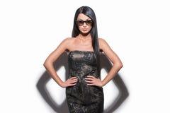Όμορφη γυναίκα στα γυαλιά ηλίου. Στοκ Φωτογραφίες