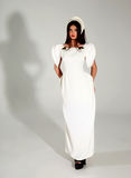 Όμορφη γυναίκα στο μοντέρνο φόρεμα Στοκ Εικόνα