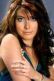 όμορφη γυναίκα χεριών βραχιόνων Στοκ φωτογραφία με δικαίωμα ελεύθερης χρήσης