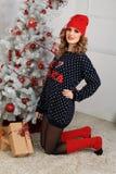 όμορφη γυναίκα όπως η ανασκόπηση είναι μπορεί θέμα απεικόνισης Χριστουγέννων χρησιμοποιούμενο Στοκ εικόνες με δικαίωμα ελεύθερης χρήσης