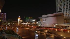 Όμορφη γωνία του δρόμου στο Las Vegas Strip - άποψη νύχτας - ΗΠΑ 2017 απόθεμα βίντεο