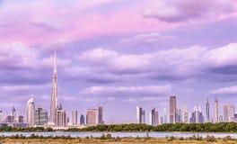 Όμορφη εικονική παράσταση πόλης του Ντουμπάι Στοκ φωτογραφία με δικαίωμα ελεύθερης χρήσης