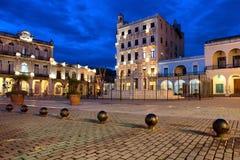 Όμορφη εικόνα νύχτας Plaza Vieja στην Αβάνα Κούβα Στοκ Φωτογραφίες