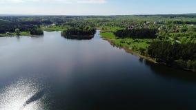 Όμορφη εναέρια άποψη λιμνών απόθεμα βίντεο