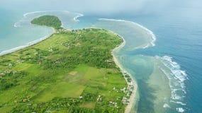 Όμορφη εναέρια άποψη της παραλίας Ujung Genteng στοκ εικόνες με δικαίωμα ελεύθερης χρήσης
