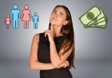 Όμορφη επιχειρησιακή γυναίκα με τα χρήματα και οικογένεια Στοκ Εικόνα