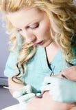Όμορφη εργασία γιατρών οδοντιάτρων Στοκ φωτογραφίες με δικαίωμα ελεύθερης χρήσης