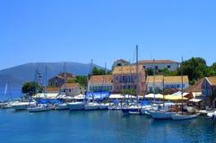 Όμορφη ελληνική του χωριού άποψη νησιών Στοκ Εικόνες