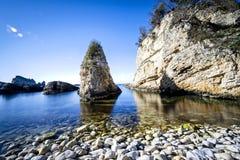 όμορφη θάλασσα βράχων Στοκ εικόνες με δικαίωμα ελεύθερης χρήσης