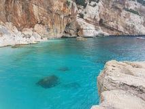 Όμορφη θάλασσα στη Σαρδηνία στοκ εικόνες