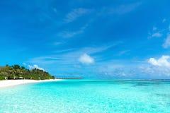 όμορφη θάλασσα παραλιών τροπική Στοκ Φωτογραφία