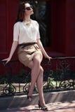όμορφη θερινή γυναίκα φορεμάτων υπαίθρια Στοκ εικόνα με δικαίωμα ελεύθερης χρήσης