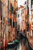 Όμορφη διακινούμενη έννοια της Ιταλίας Βενετία άποψης οδών Στοκ Εικόνες
