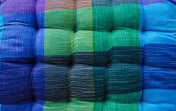 όμορφη διακόσμηση μαξιλαριών καρεκλών χρώματος Στοκ εικόνα με δικαίωμα ελεύθερης χρήσης