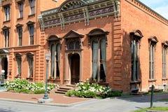 Όμορφη ιστορική αρχιτεκτονική χειροτεχνίας λεπτομερώς, χαρτοπαικτική λέσχη Canfield, Saratoga, Νέα Υόρκη, 2015 Στοκ Φωτογραφία