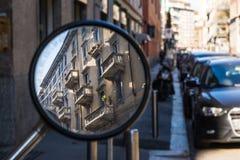 Όμορφη ιταλική διαμερισμάτων διαβίωση Lifest οικοδόμησης εξωτερικών παλαιά Στοκ εικόνες με δικαίωμα ελεύθερης χρήσης