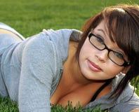 όμορφη κυρία γυαλιών στηθοδέσμων Στοκ φωτογραφίες με δικαίωμα ελεύθερης χρήσης