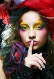 Όμορφη κυρία με την καλλιτεχνική σύνθεση στοκ φωτογραφία