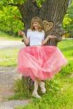 Όμορφη κυρία στο ροζ Στοκ φωτογραφία με δικαίωμα ελεύθερης χρήσης
