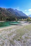 Όμορφη λίμνη Jasna σε Kranjska Gora στη Σλοβενία στοκ εικόνα