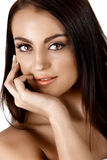 Όμορφη μαυρισμένη γυναίκα στοκ φωτογραφία με δικαίωμα ελεύθερης χρήσης
