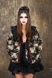 Όμορφη νέα γυναίκα στο κιμονό Στοκ Εικόνες