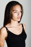 Όμορφη νέα γυναίκα χωρίς σύνθεση στο άσπρο υπόβαθρο Στοκ φωτογραφία με δικαίωμα ελεύθερης χρήσης