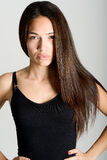 Όμορφη νέα γυναίκα χωρίς σύνθεση στο άσπρο υπόβαθρο Στοκ Φωτογραφία