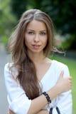 Όμορφη νέα γυναίκα Στοκ Φωτογραφία
