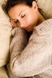 όμορφη να βρεθεί γυναίκα ύπ&n Στοκ φωτογραφίες με δικαίωμα ελεύθερης χρήσης