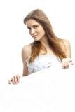 Όμορφη νύφη στο γαμήλιο φόρεμα στοκ φωτογραφίες με δικαίωμα ελεύθερης χρήσης