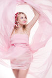 όμορφη ξανθή έγκυος γυναίκα Στοκ εικόνα με δικαίωμα ελεύθερης χρήσης