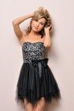 όμορφη ξανθή φαντασία φορεμάτων Στοκ Φωτογραφία