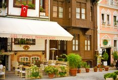 Όμορφη οδός της Ιστανμπούλ Τουρκία, έννοια αρχιτεκτονικής επίσκεψης τουριστών Στοκ Εικόνες