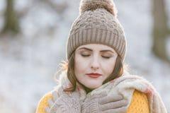 όμορφη ομορφιάς γυναίκα πορτρέτου φύσης ματιών makeup φυσική Στοκ Εικόνες