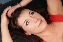 όμορφη ονειρεμένος γυναί&ka Στοκ εικόνες με δικαίωμα ελεύθερης χρήσης